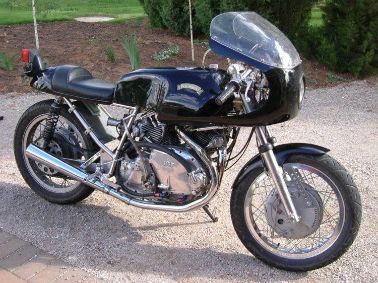 An early Terry Prince Vincent as she has conventional shocks rather than the subsequent cantilever. This bike resides currently in Australia and is maintained by the local Vincent workshop Ken Phelps. Ken has assembled numerous Norvin too.