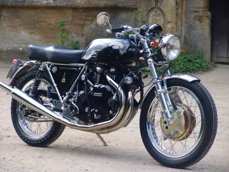 This is the closest to the last stock Vincent with a Feridax seat. A kind of modern Black Shadow.