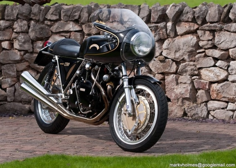 The 1330 SuperLight One of the last Egli-Vincent assembled by Cyril Malem before he retired.