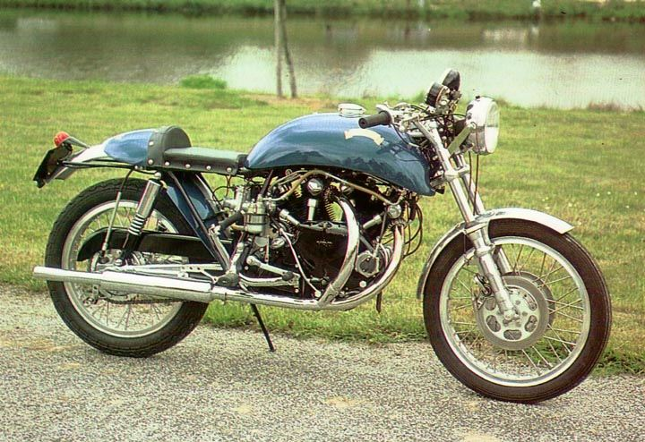 1967 Egli Vincent 1000 This is the one we talk about in this pages. This model is currently own by the French VOC member Alain Grare.