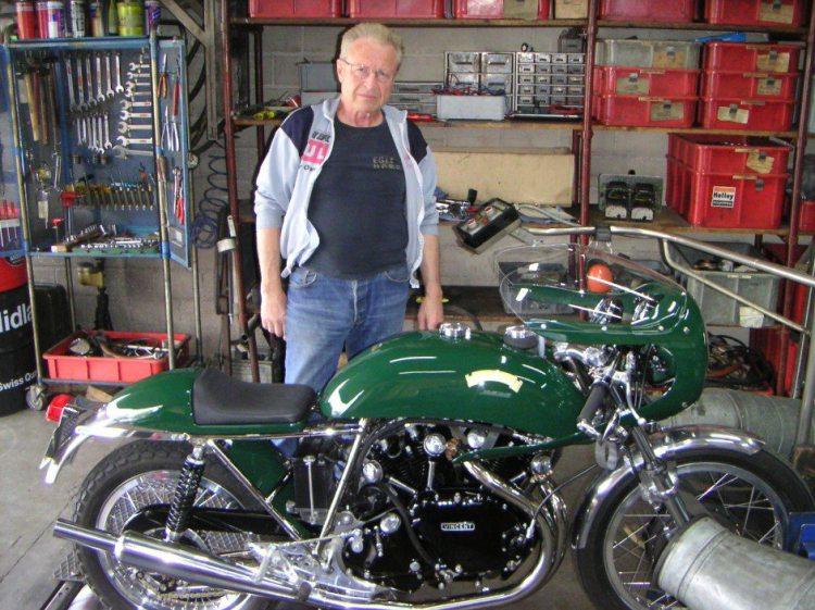 Fritz Egli in front of a genuine Egli Vincent assembled by Godet and tested on its dyno and ready to be delivered to a customer.