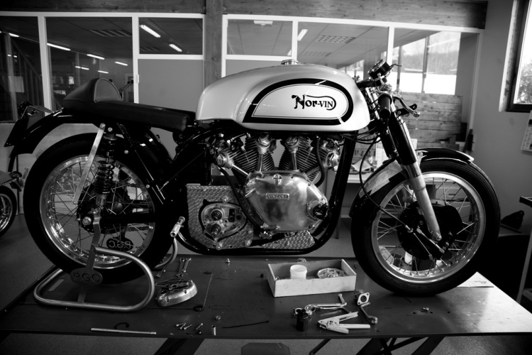 To build a Norvin, you can do it yourself or you can contract a specialist like this one caught on Godet's bench.