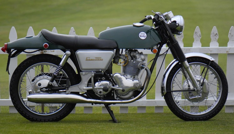 1967 Norton Commando Fastback