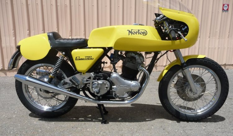 1972 Norton Commando Production Racer