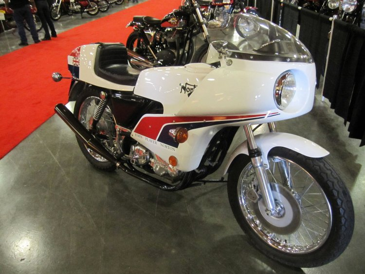 1974 Norton 850 Commando JPN