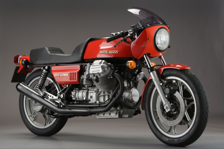 1976 Moto Guzzi 850 Le Mans Back in the 70s, one were talking about Le Mans in derogatory terms, as her engine was not that noble compare to more fashion motorcycles, but when the road started to turn seriously, the one which were generally the most sarcastic started to become suddenly quite silent...