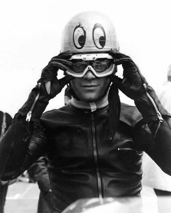 20.Renzo Pasolini has adopted John Cooper's moon eyes basin look (Silver for Pasolini and Red for Cooper) Active racing:1964 - 1973 Teams: Aermacchi and Benelli