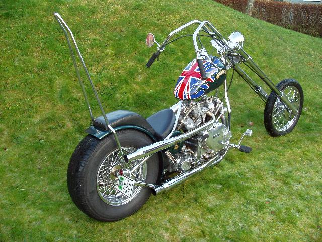 This is a probably the first chopper based on a Vincent Rapide engine; assembled in 1970 in the USA, pretty much at the same time that the Egli were assembled in Europe.