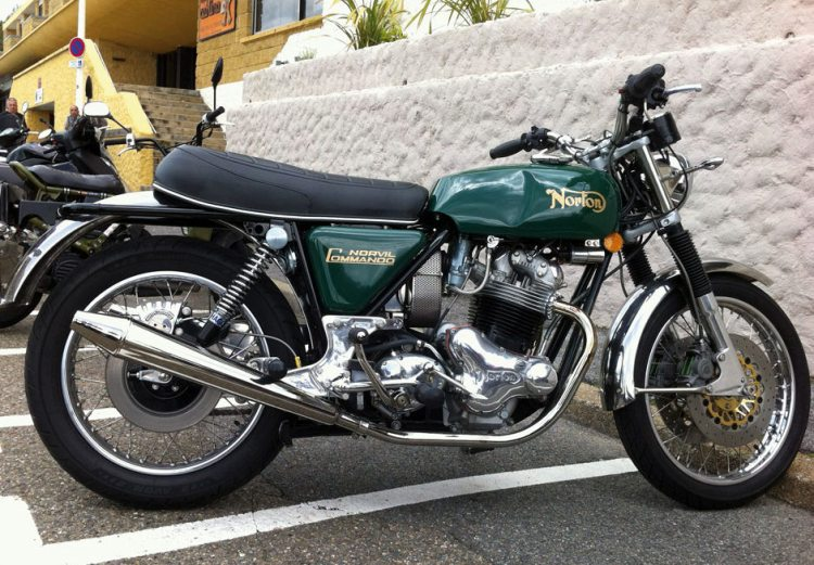 A brand new Norton Commando 850 Roadster by Norvil. Note the brakes upgrade.