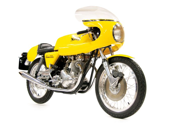 One of the most popular spec, the Norton 750 Commando Production Racer. Add £450.