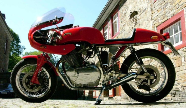 A genuinely beautiful Egli-Laverda 750 SF. This is one of the nicest design which came out of Egli's workshop, along with the Egli-Vincent of course  25 units between 70-74