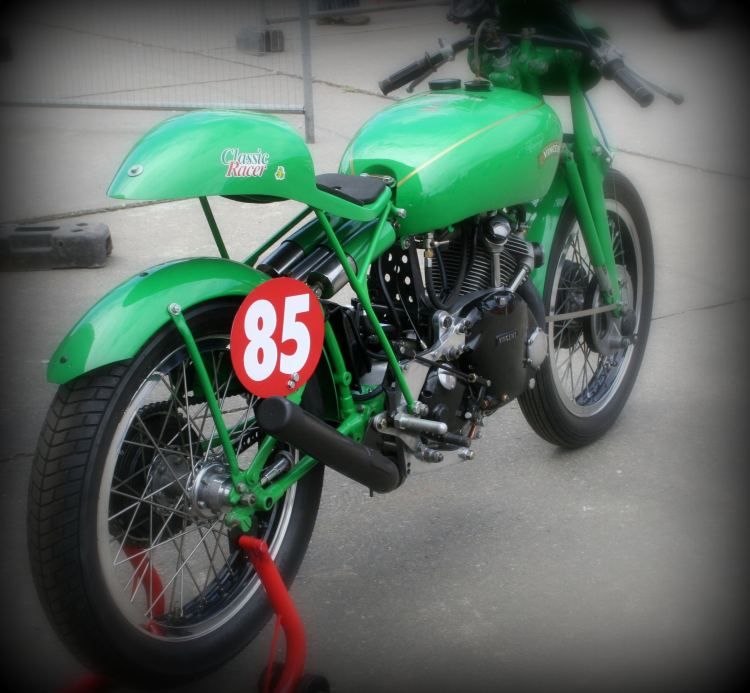 You cannot miss Bernie Stovin's Comet with its flashy Electric Green. The bike is nicknamed Kermit!. (Non-stock color)