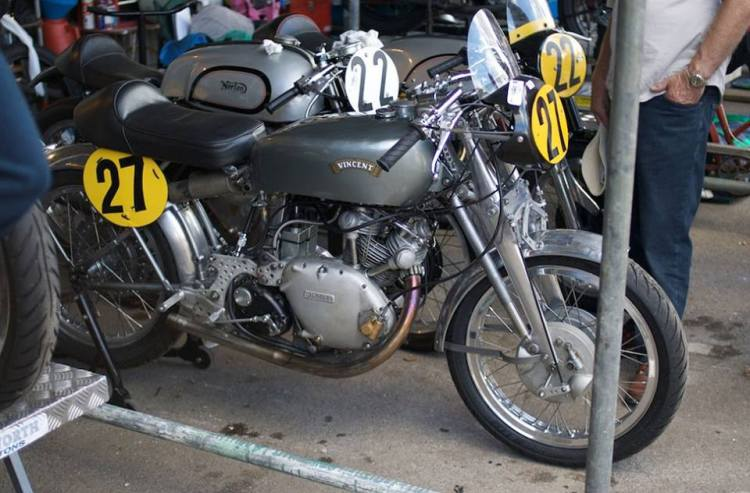 A 500 Vincent racer with two Manx in the paddock. This is an image we would like to see more often.