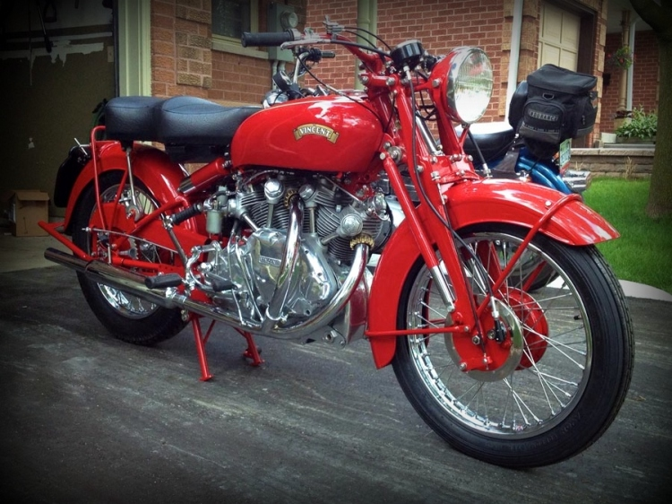 The China Red was a kind of Royal Mail red. 106 bikes were painted with this color…. and this is it! (Stock color)