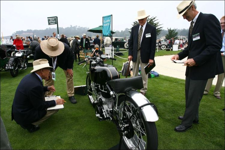 Judges detailing Gunga Din at Pebble Beach in 2009