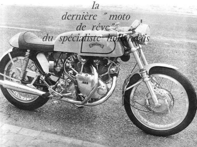 "The result is quite pleasant. This bike had the Black Lightning spec developing 70hp, The rear loop ""open well the engine and he rear carburetor has plenty of space 