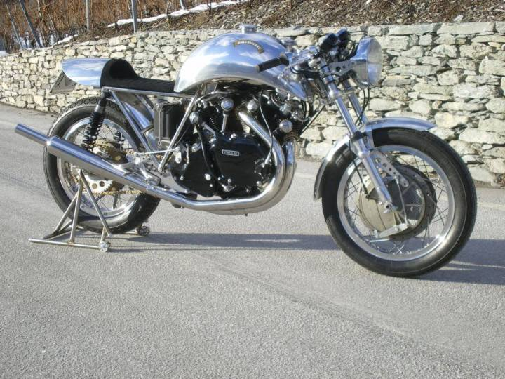 This Egli-Vincent was built by Fritz Egli in 1970 for his official pilots, Florian Bürki and Fritz Peier.