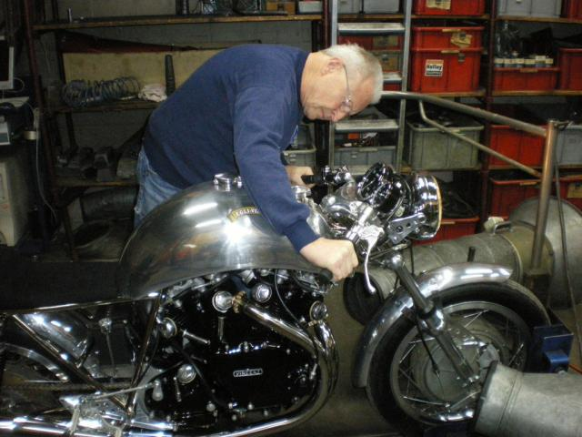 The Master, Fritz Egli operates himself the dyno in his workshop after having tuned the bike.