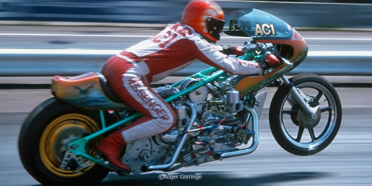 """Roger Gorringe shoots Ian at speed, the Norton always had good weight-transfer off the startline"". Information TeamPegasus and picture © Roger Gorringe"