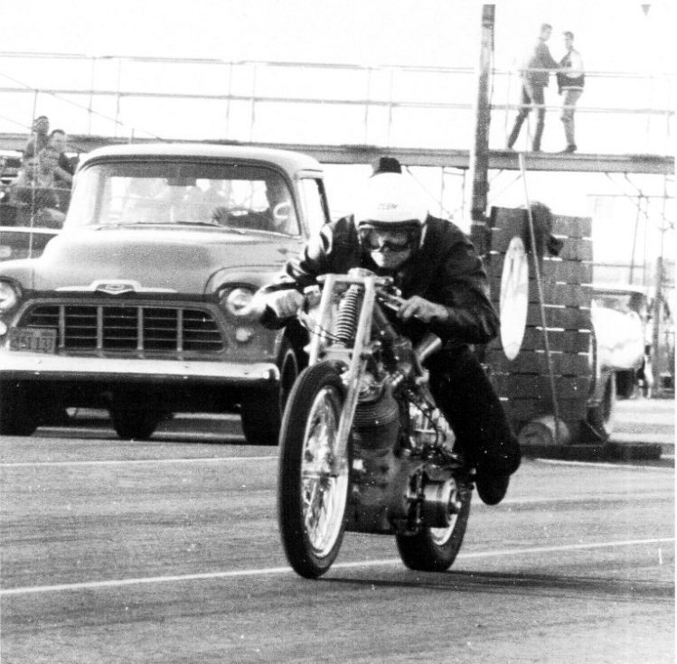 Clem Johnson riding Barn Job off the line at Long Beach California. Note no front brake system on the bike. Photo courtesy of Jim Leineweber photo archive.