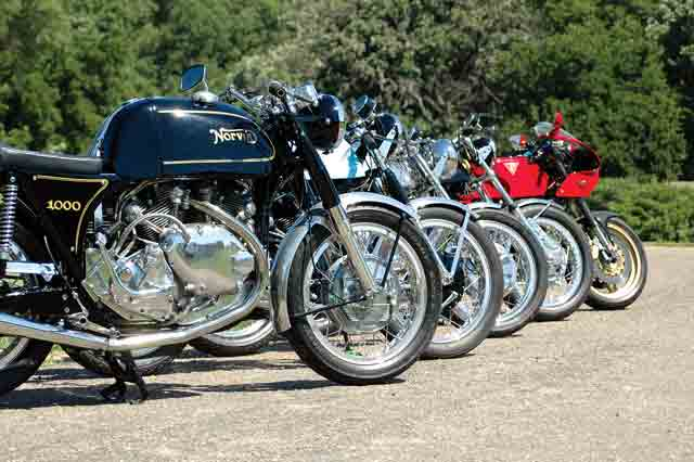 Because of its rarity, Keesecker doesn't ride the Parkin much but he owns several Vincent specials including a Norvin, two Egli-Vincent (one by Slater and one by Terry Prince), a RTV1200 but also much more… | see the link to www.MotorcycleClassics.com