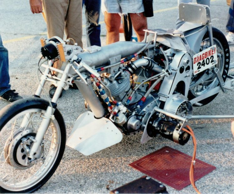 In 1987, at Palmdale, California, Barn Job made it's last pass. Here's the bike in it's final form after 3 decades of evolution. Note the supercharger under the drivers seat and no front brake. Photo courtesy of Jim Leineweber photo archive.