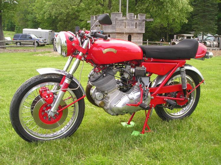 The engine, matted to an AMC gearbox, has been rebuilt with a 600cc Terry Prince top end and Carillo con-rod. Some 600 hours later and with 100 parts built on lathe and milling machine, the bike was ready. Picture courtesy Craig Comontofski