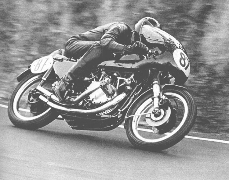 Eric Debenham with Mk II at Bathurst in 1971.  Picture © The Bike Book