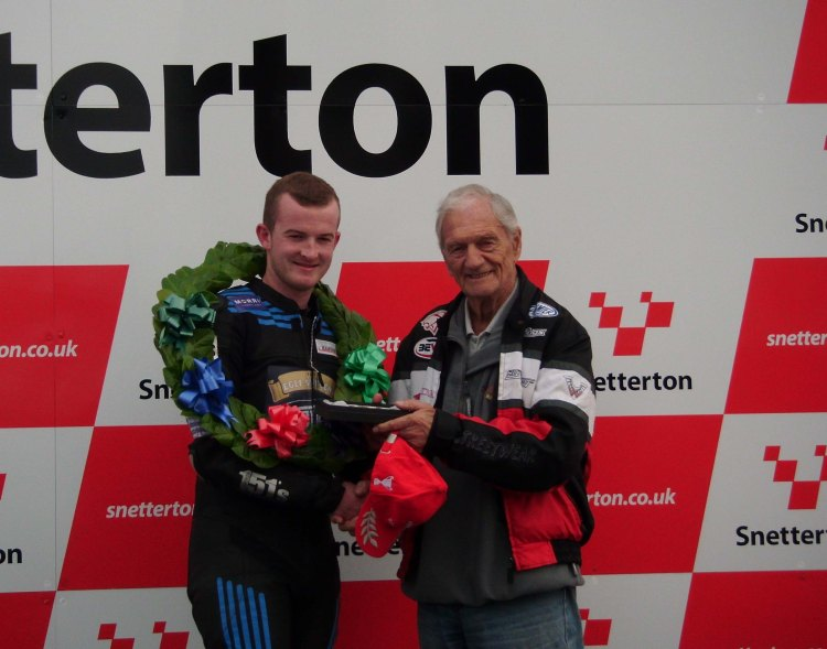 Snetterton, October 11, 2014 Rostrum at the end of the day Photo © Philippe Damico