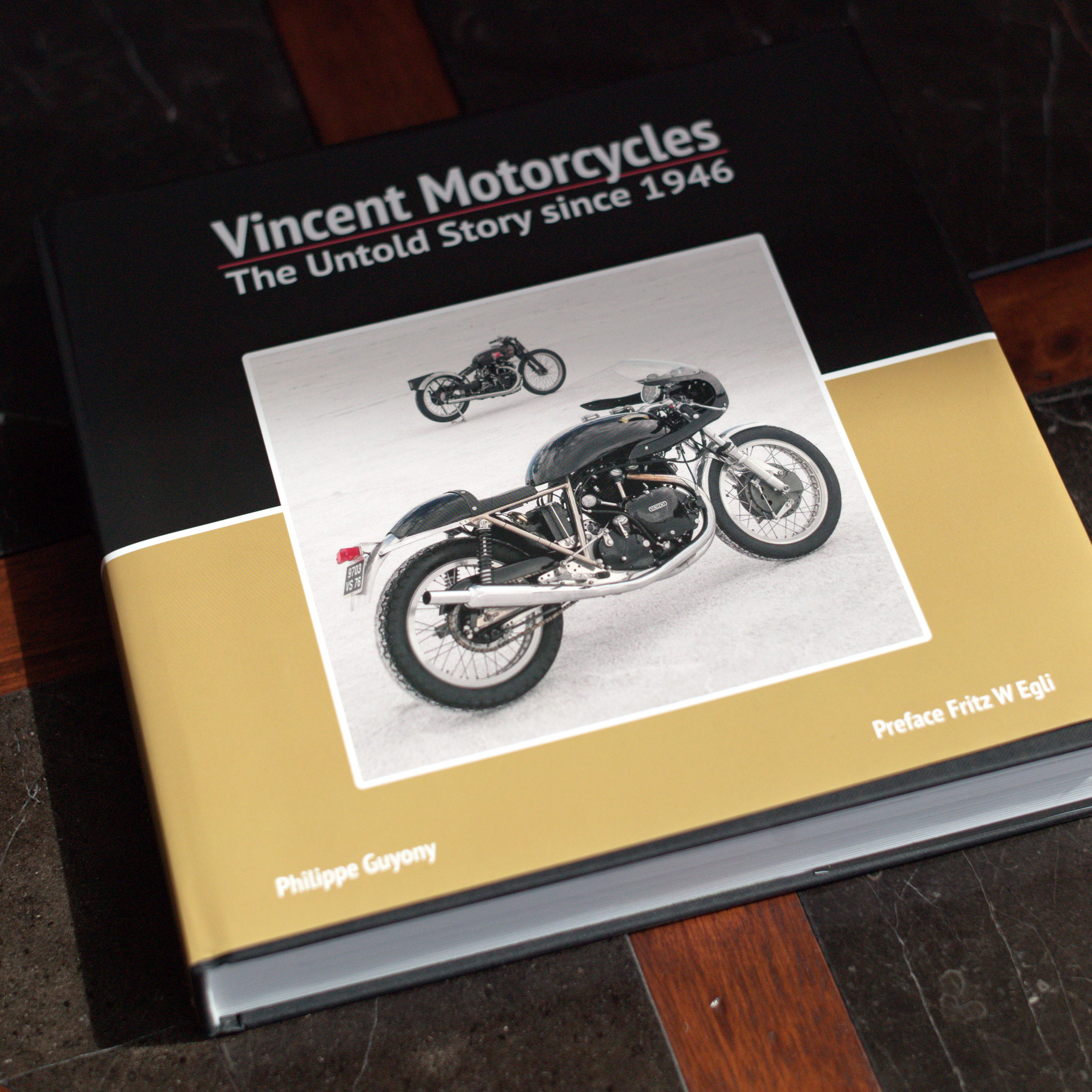 Vincent motorcycle brochure 1952 front cover - Philippe Guyony